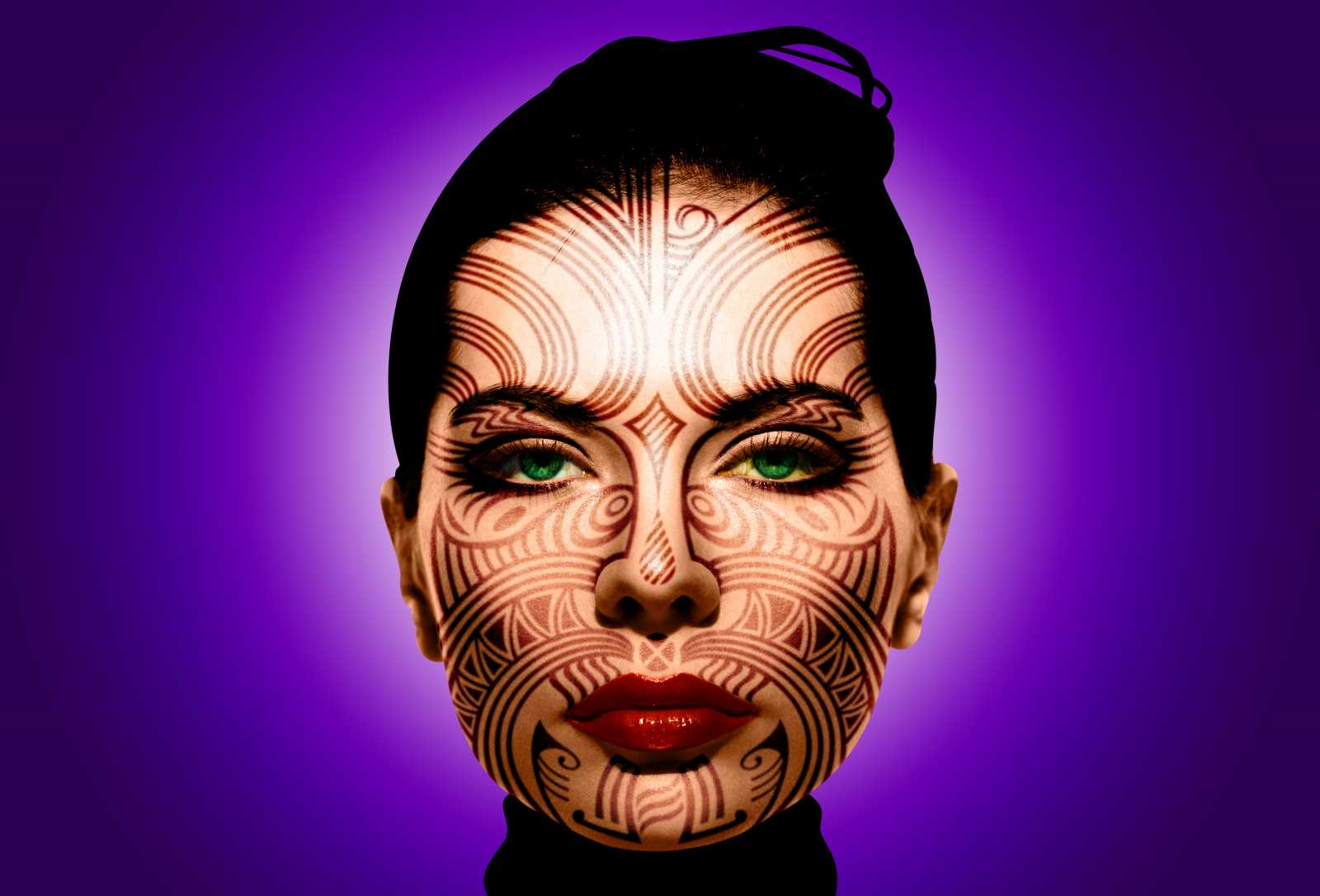 Tattooing Your Face in Photoshop, a deke com article